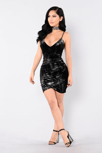 Can't Hold Me Down Dress - Black/Silver Angle 3