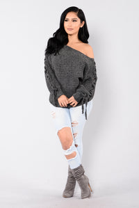 Hold It Down Sweater - Charcoal