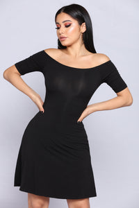 Seanna Skater Dress - Black