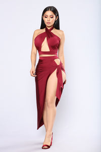 Egyptian Queen Cutout Set - Burgundy