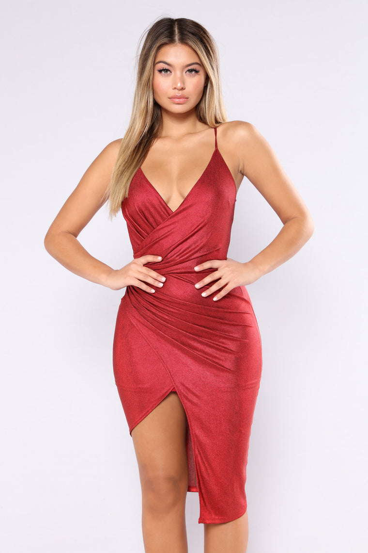 Staying In Paris Draped Dress - Burgundy