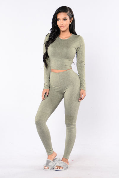 Maxin' Relaxin' Leggings - Olive