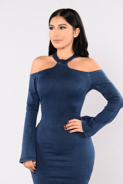 Give The Cold Shoulder Dress - Dark Wash