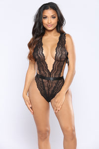Let Me In Lace Teddy - Black