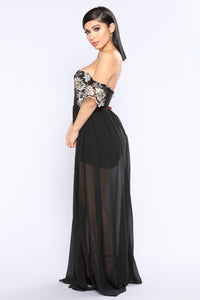 Flower Bomb Maxi Dress - Black
