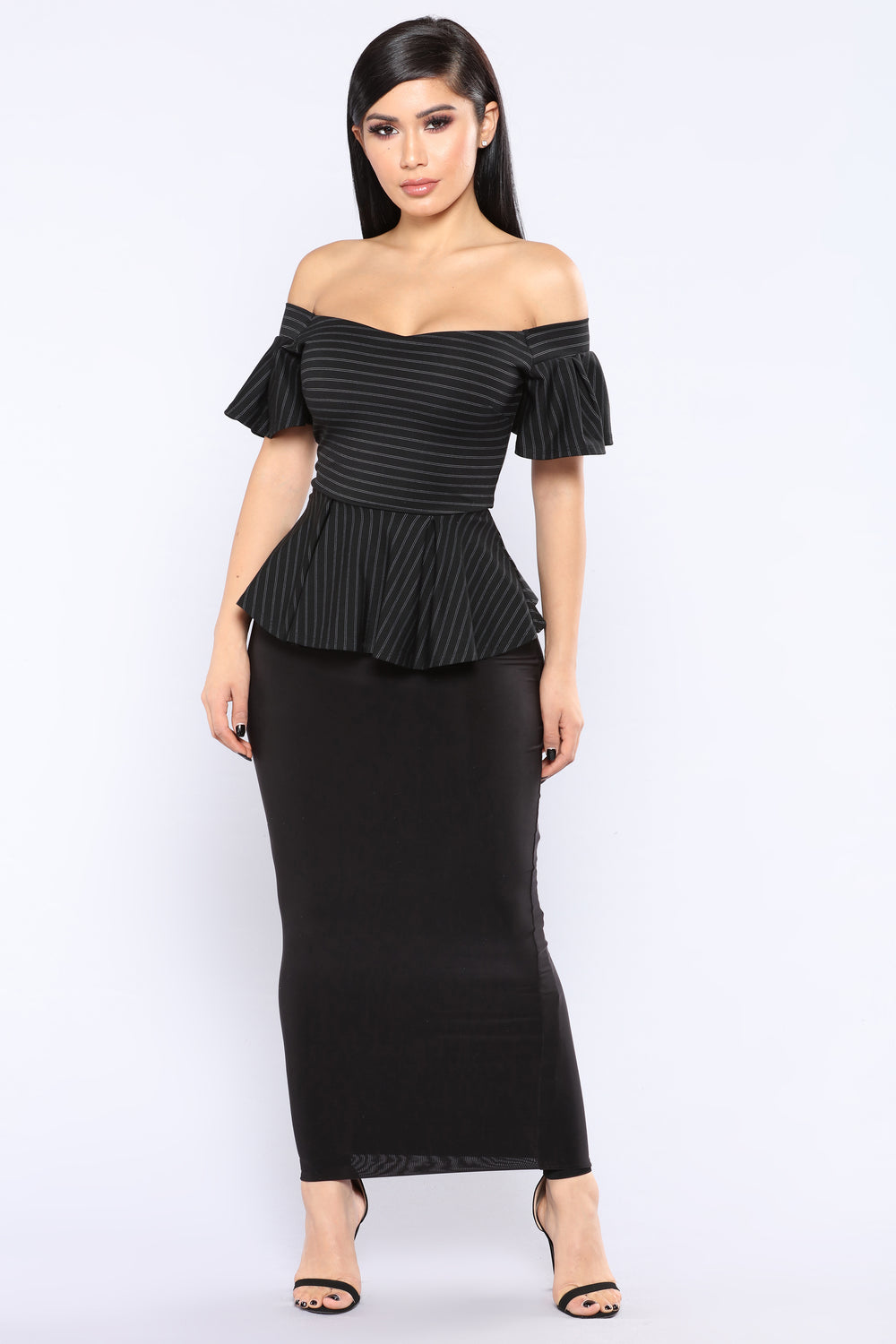 No Questions Off Shoulder Top - Black/White