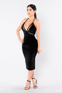 Drop Dead Gorgeous Dress - Black Angle 3