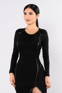 Pop And Drop Dress - Black