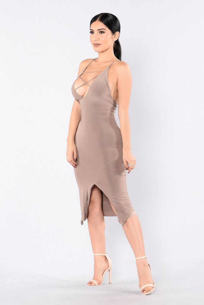Boldly Bare Dress - Mocha