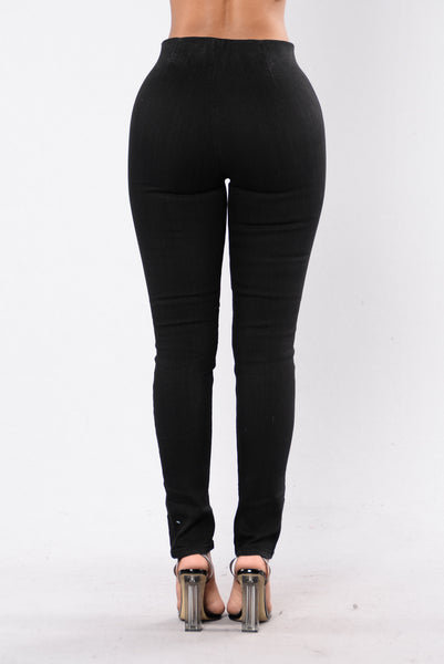 Kiss You At Night Jeans - Black Wash
