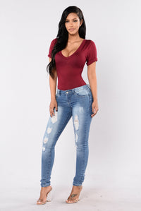 Never Hide Jeans - Medium Wash
