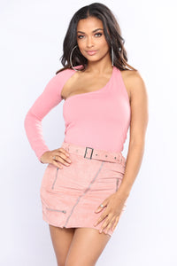Call Me Cold One Shoulder Top - Mauve