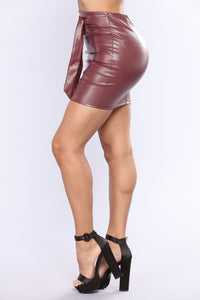 Irreplaceable MIni Skirt - Burgundy