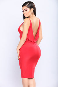 Don't Look Back Dress - Red