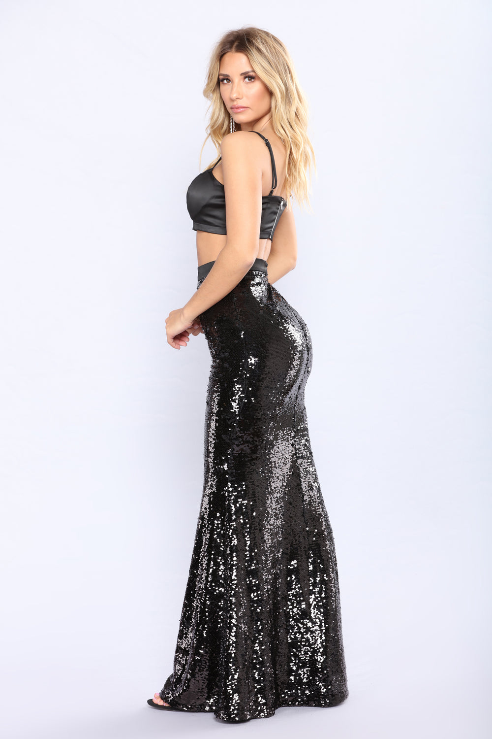 Air Glow Sequin Skirt Set - Black