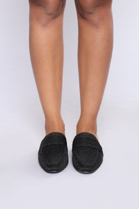 Cacey Flat - Black Angle 6