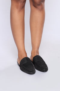 Cacey Flat - Black Angle 4