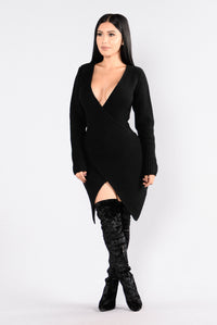 Right Intentions Dress - Black