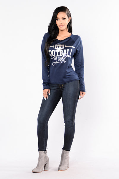 Too Cold For You Sweater - Navy