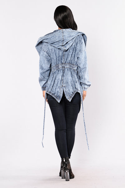 Hooded Denim Jacket - Light Wash