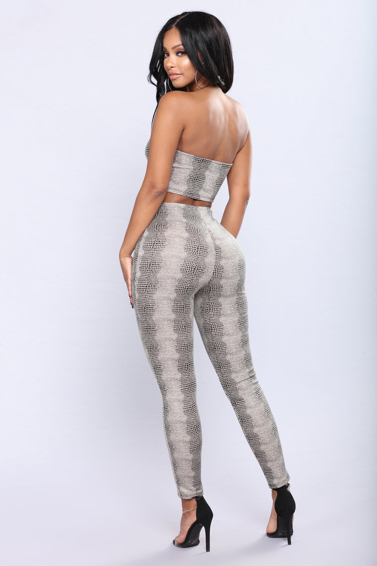 Slither My Way Matching Set - Taupe