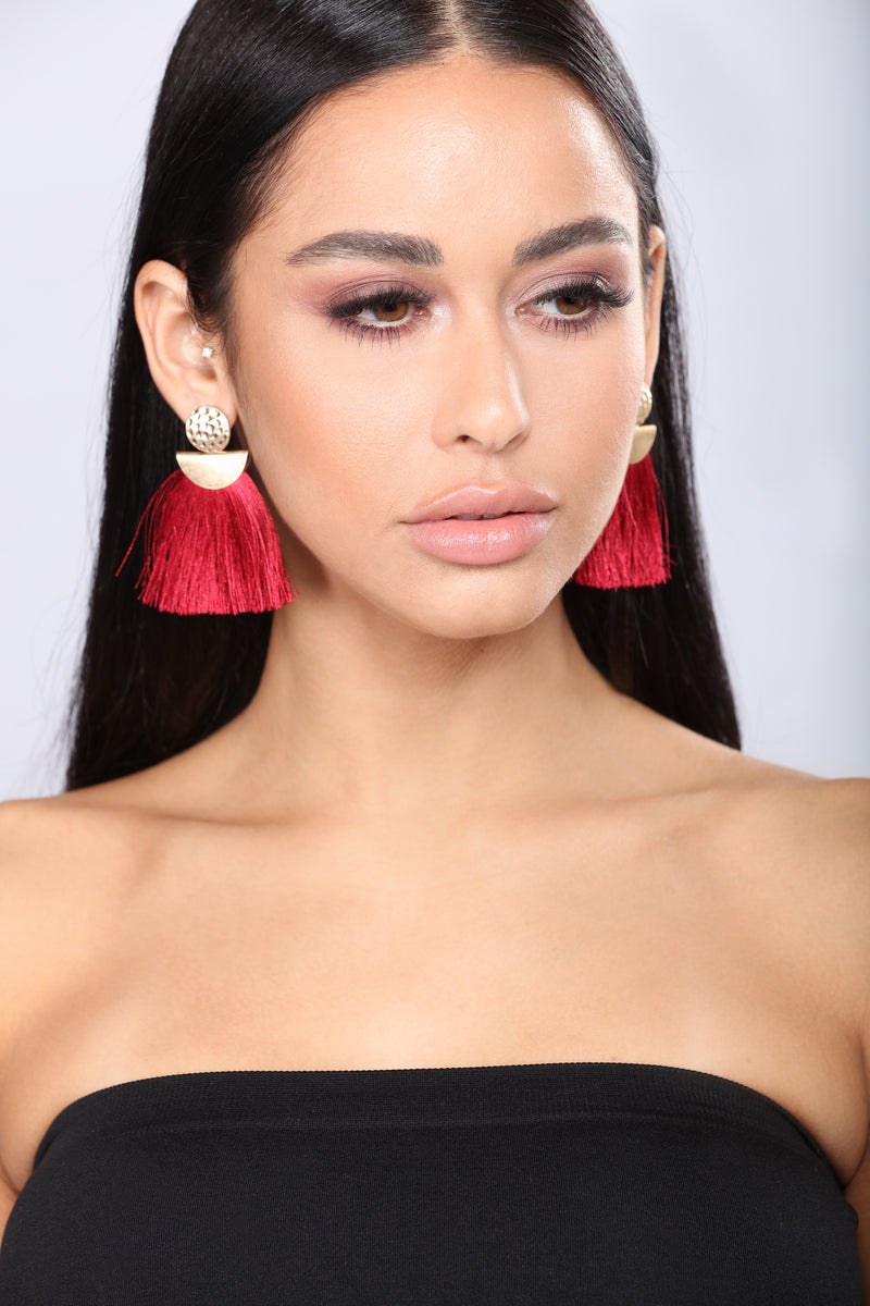 Aletta Earrings - Burgundy