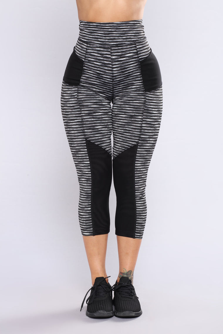 Alissa Striped Active Crop Leggings - Black/Grey