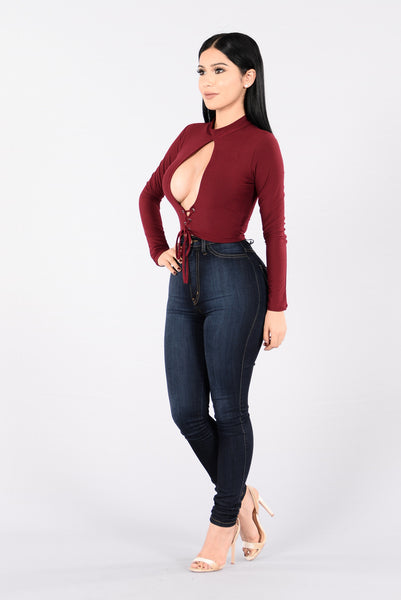 Love Is Divine Top - Burgundy