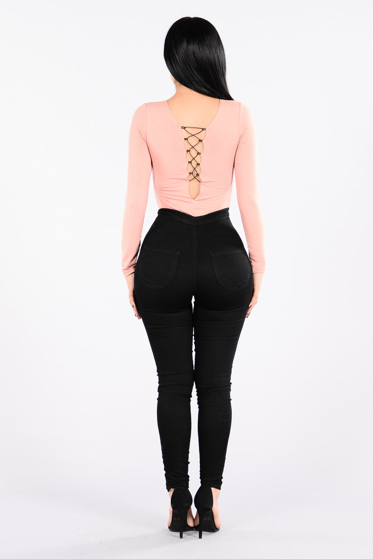 Coming In Close Bodysuit - Mauve