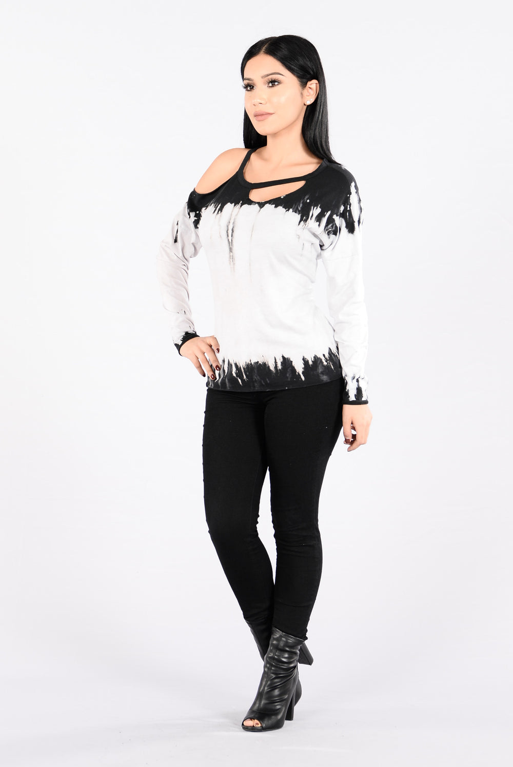 Out And About Top - Black