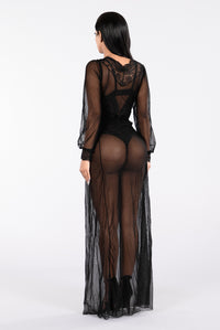 Undress Me Gown - Black