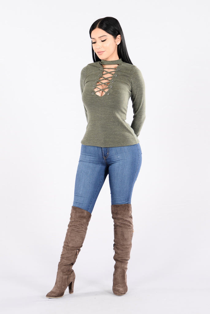 Chill Vibes Sweater - Olive