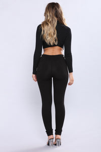 Sarah Zipper Ponte Leggings - Black