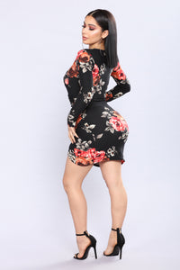 Steala Rose Dress - Black Floral