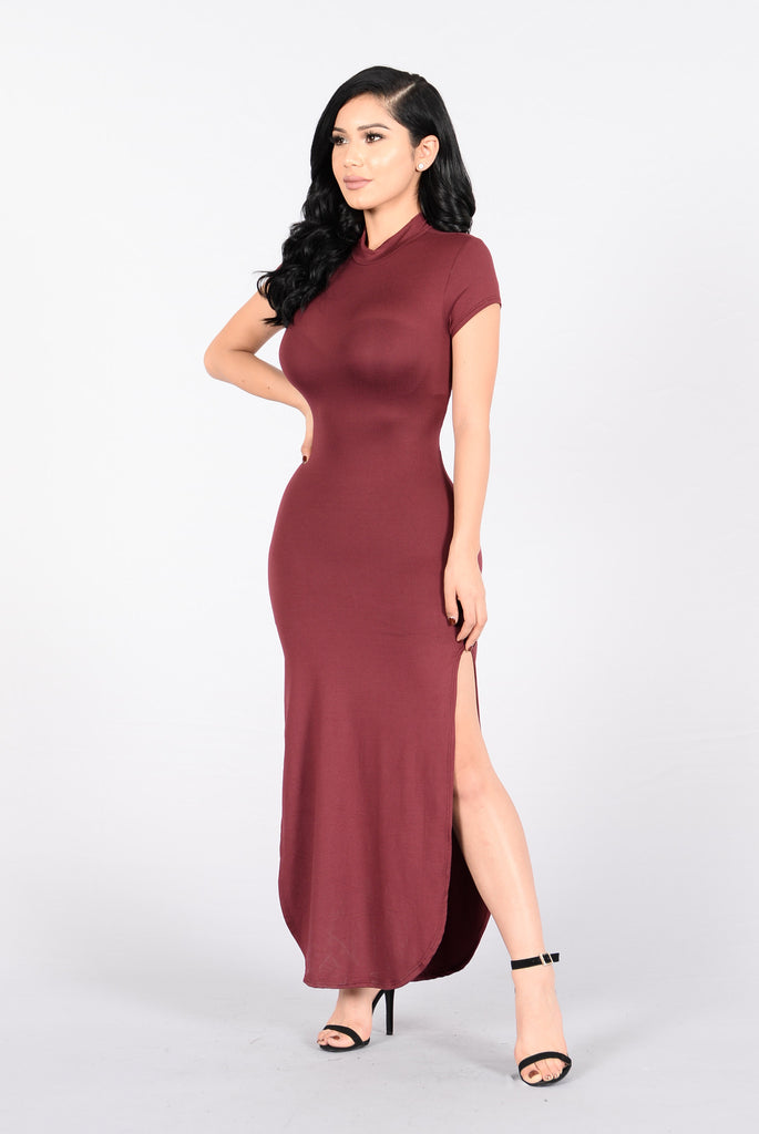 Stop Traffic Dress - Burgundy