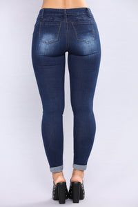 Work For It Booty Shaping Jeans -Dark Denim
