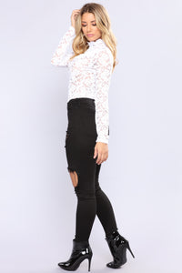 April Ruffle Lace Top - White Angle 4