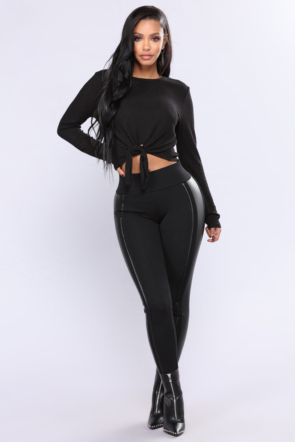 Totally Up There Ribbed Top - Black