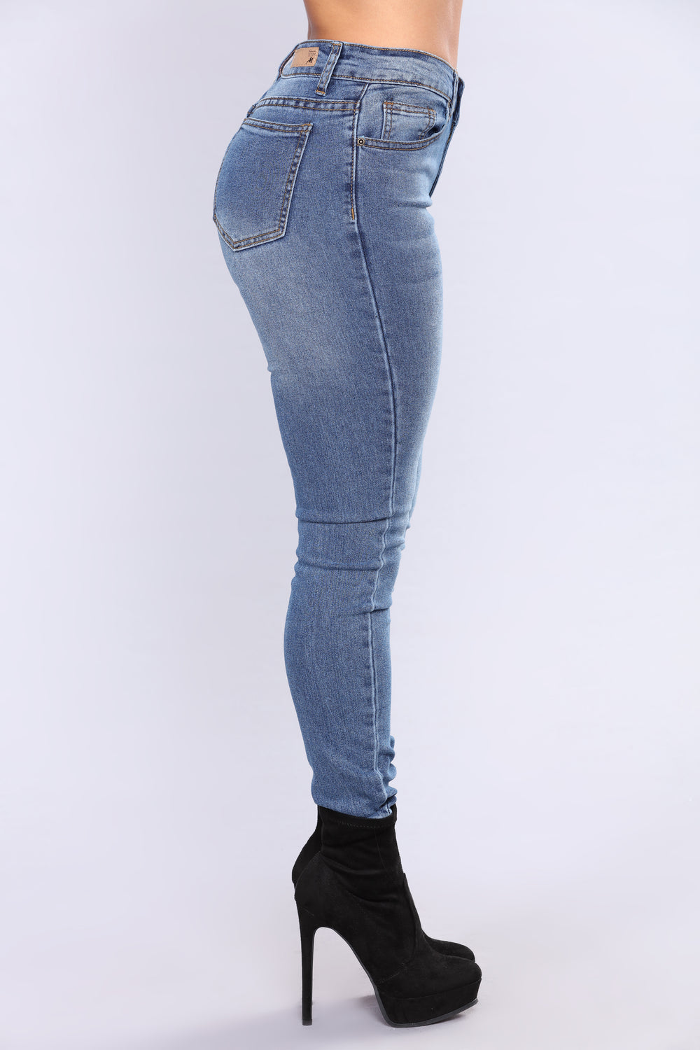 Back In The City Jeans - Medium Blue Wash