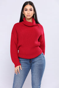 Juni Turtleneck Sweater - Red