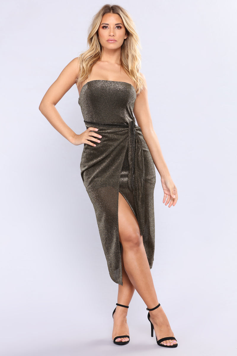 New York Nightlife Metallic Dress - Gold