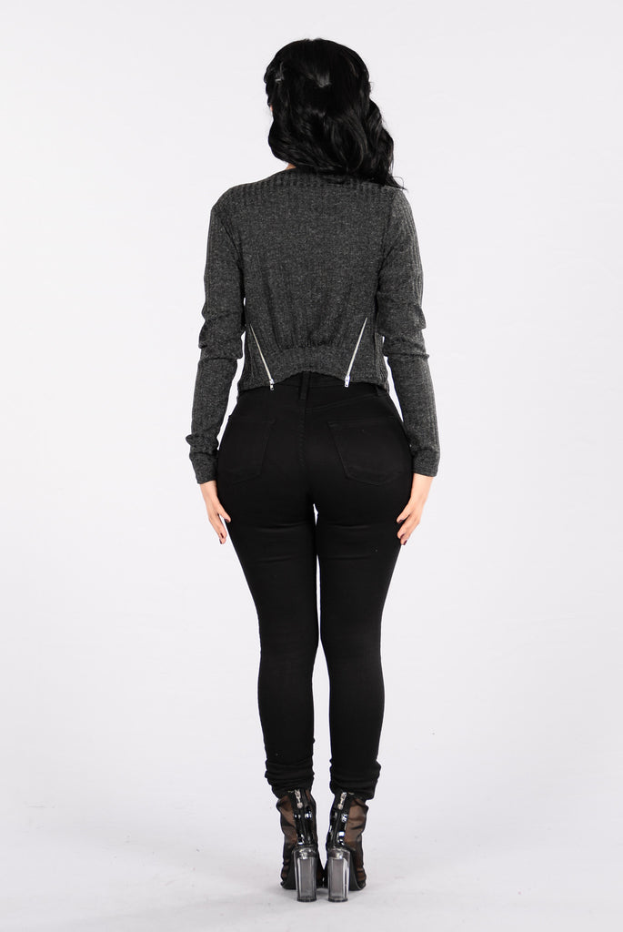 Easy Pass Sweater - Charcoal