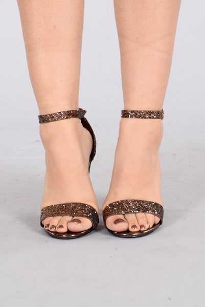 Party Time Heel - Bronze