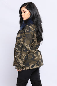 On The Low Camo Anorak - Camo/Blue