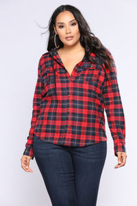Weekender Hooded Flannel - Red/Black