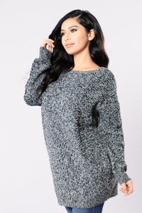 Sexy Secretary Sweater - Black/White
