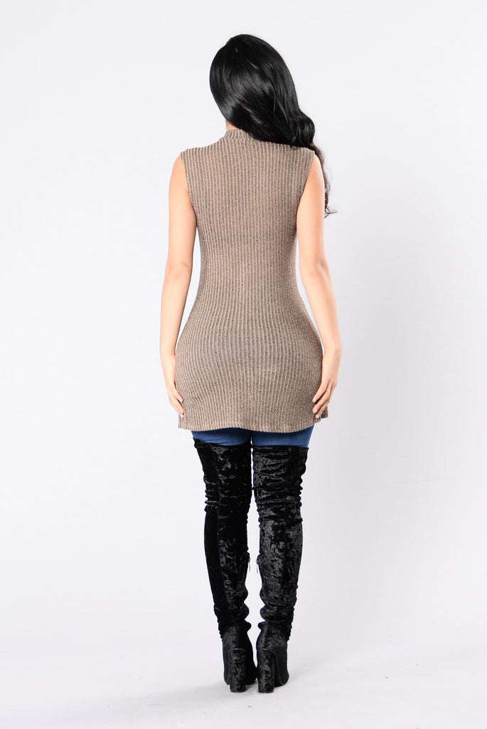 Zip And Dip Top - Mocha