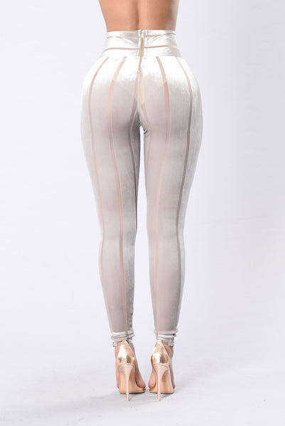 Waiting On You Leggings - Taupe