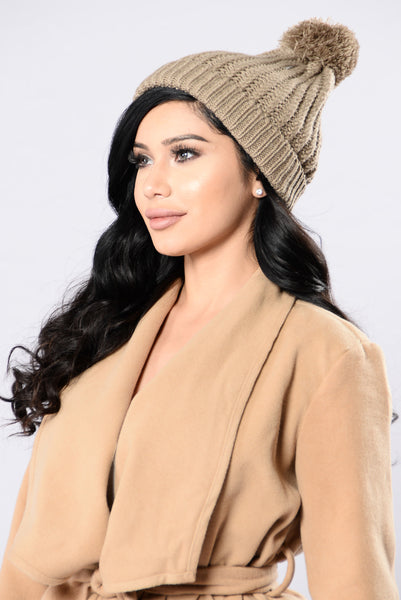 Cozy Up Beanie - Mocha