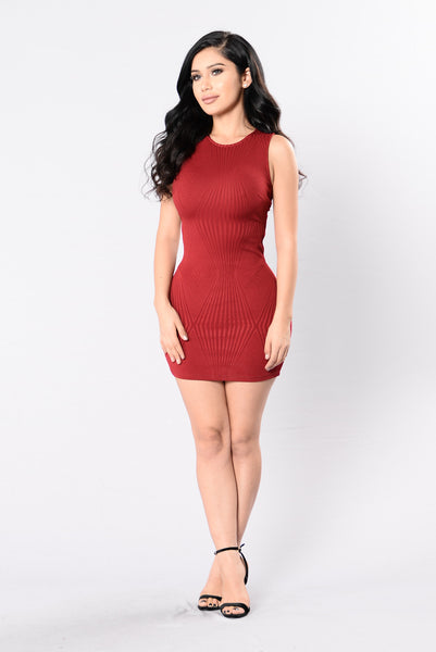 Payton Dress - Burgundy
